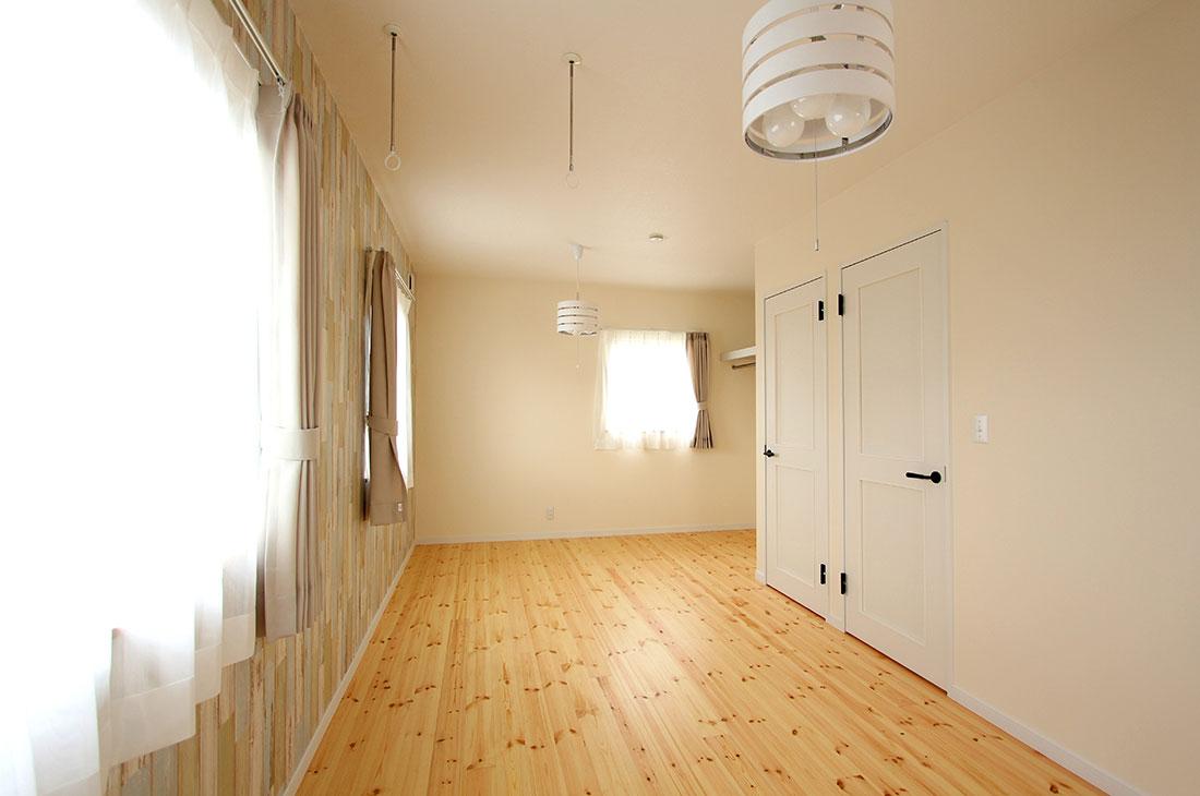 家族を包む家_完全二世帯住宅 個室