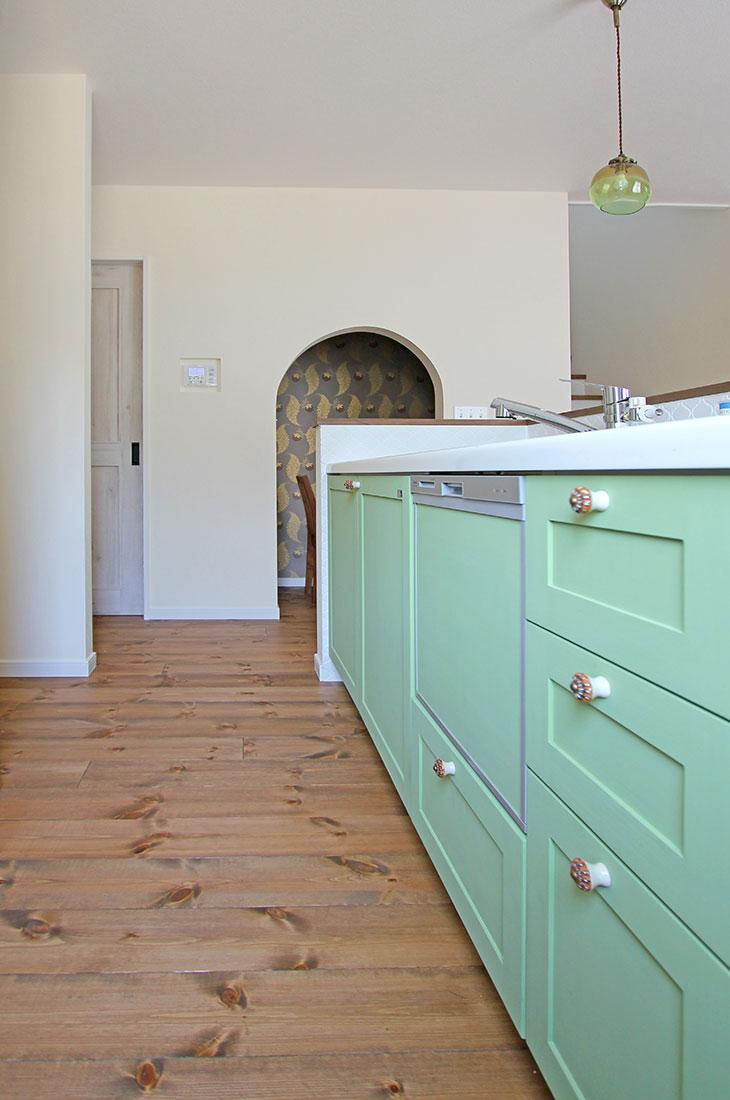 小鳥が囀るスプリンググリーンの家 キッチン