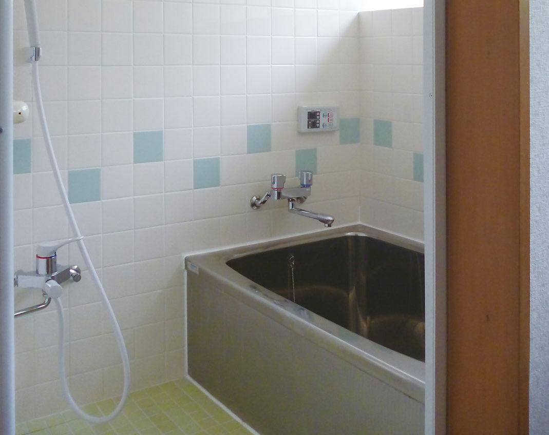 C様邸 施工前の浴室