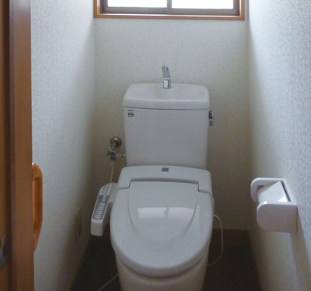 C様邸 施工前トイレ