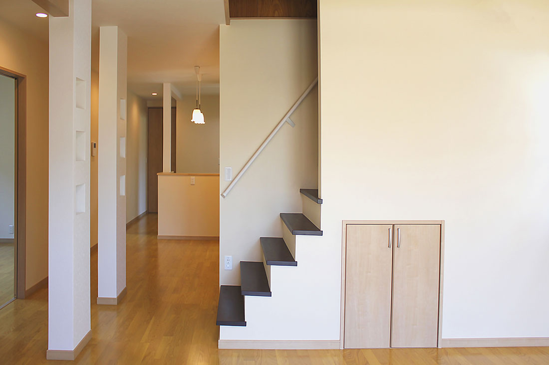 M様邸 施工後の階段