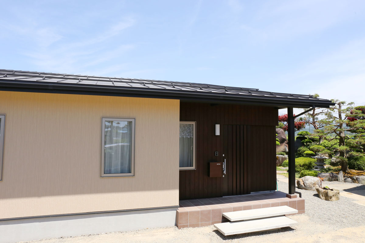 naturalstyleの平屋建ての外観。酒田鶴岡で新築&デザイン住宅・リノベーションを手がける工務店 ナチュラル工房