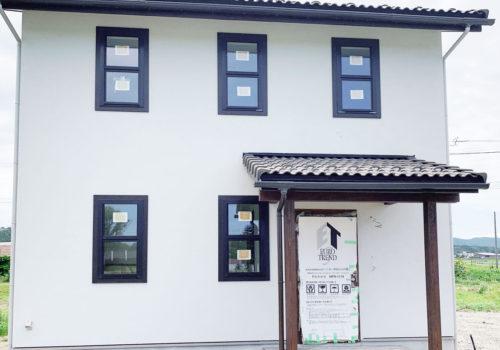 酒田市に新しいMamanの家が完成します。ブルーグレーの美しい塗り壁が特徴のかわいいお家。見学会も開催予定!【酒田鶴岡で新築、デザイン住宅、リノベーションの工務店 ナチュラル工房伊藤住宅】