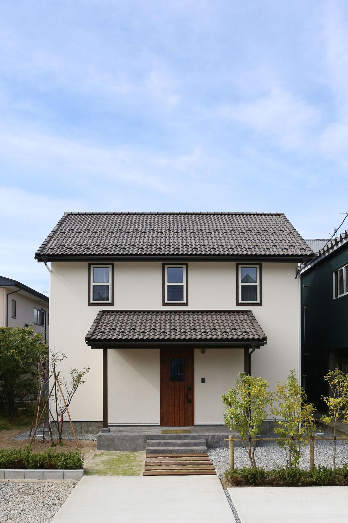 酒田市大宮町にて新しいMamanの家の完成見学会が開催されました。外観【酒田鶴岡で新築、デザイン住宅、リノベーションの工務店 ナチュラル工房伊藤住宅】