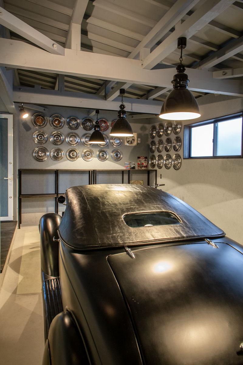 ガレージ2。平屋をリノベーションしたビリヤードルームとビルトインガレージのあるかっこいいお家。【酒田鶴岡で新築、デザイン住宅、リノベーションの工務店 ナチュラル工房伊藤住宅】