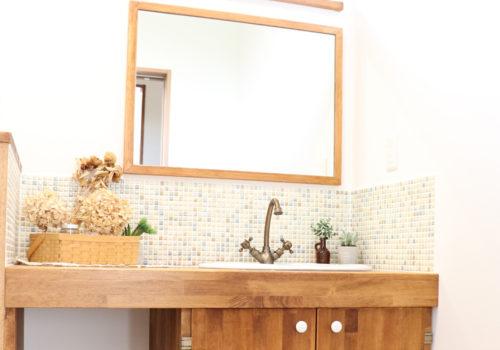 おしゃれでかわいい洗面スペースの施工例