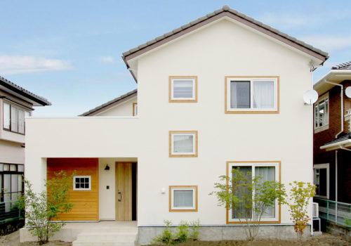 塗り壁と自然素材が美しいgrowの家