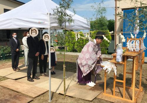 新しいママンの家の地鎮祭