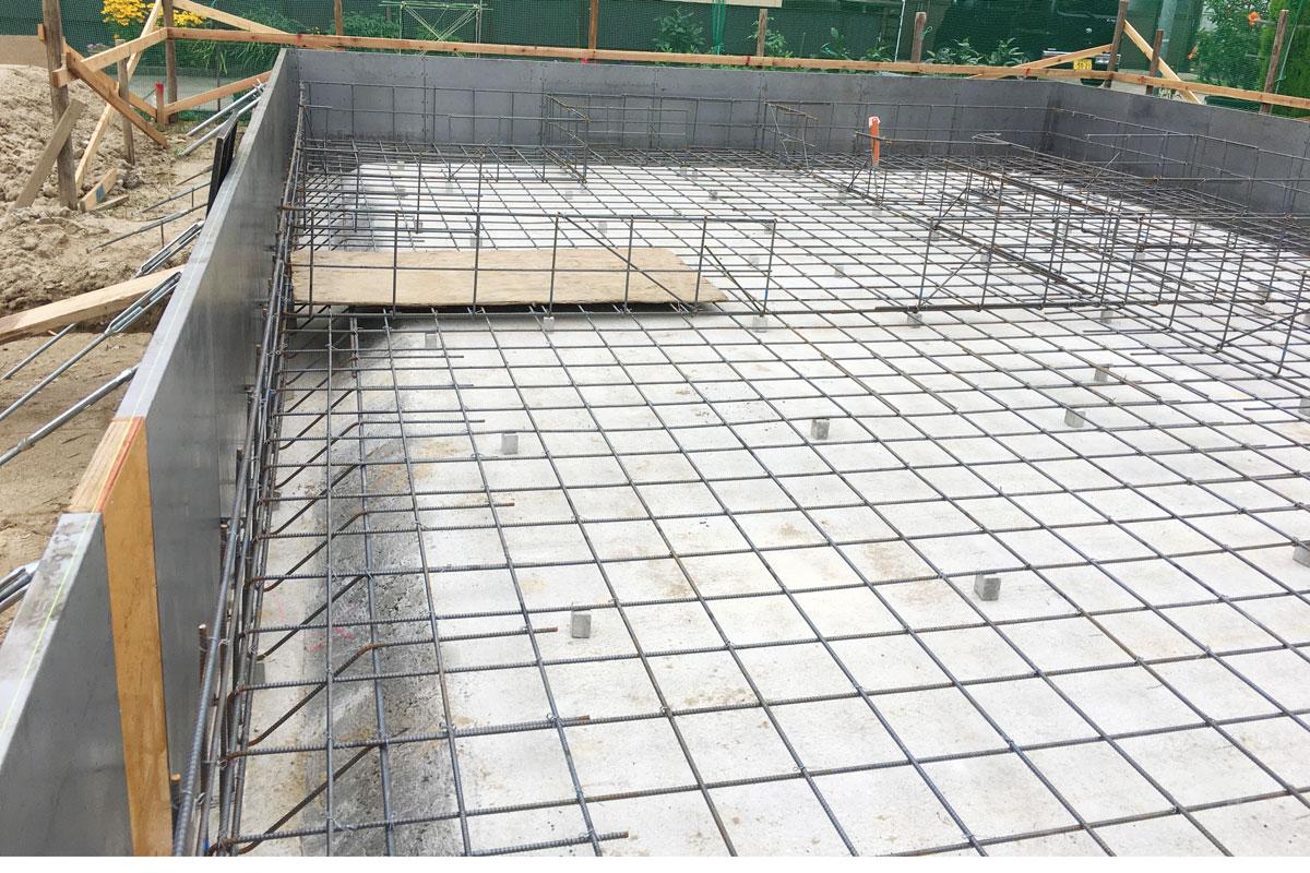 ママンの家を支える基礎のコンクリート強度を保つ正確な配筋