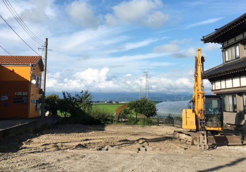 新しくママンの家が建つ素敵な土地
