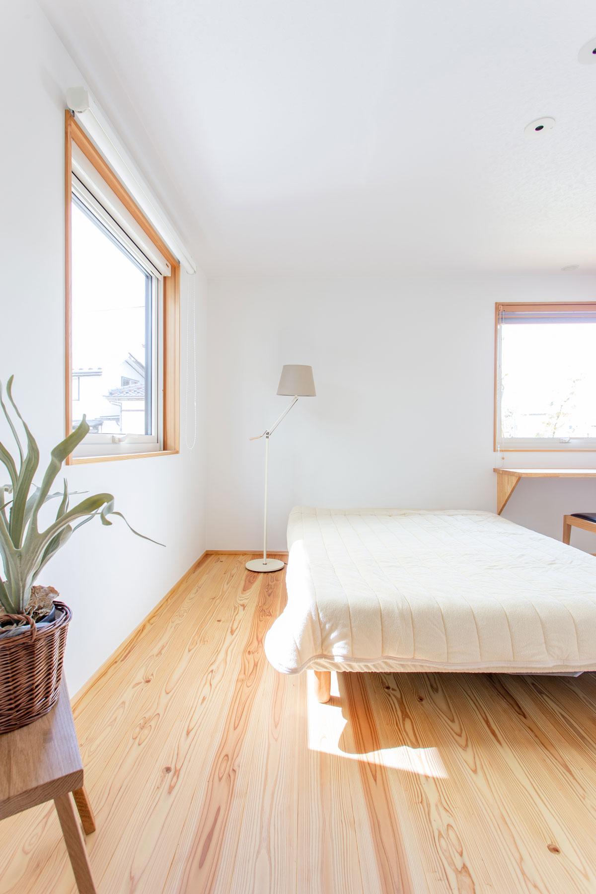 明るく健康的な寝室