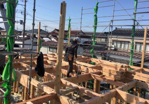 職人による丁寧な木造軸組工法