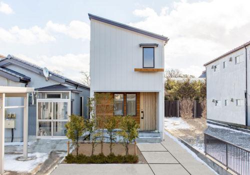 酒田市にて自然素材たっぷりの新築完成見学会開催