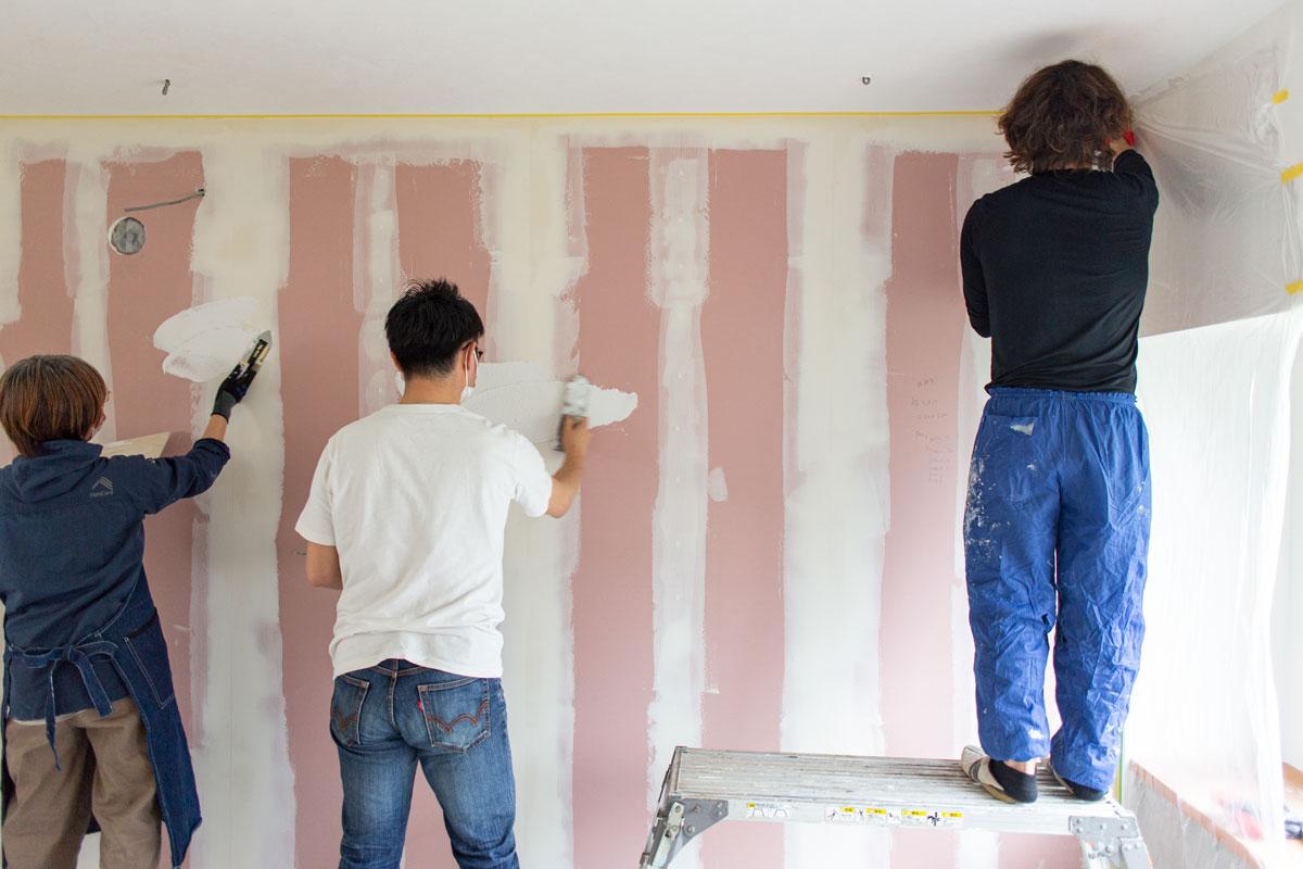 ヨーロッパのような漆喰塗り壁仕上げ