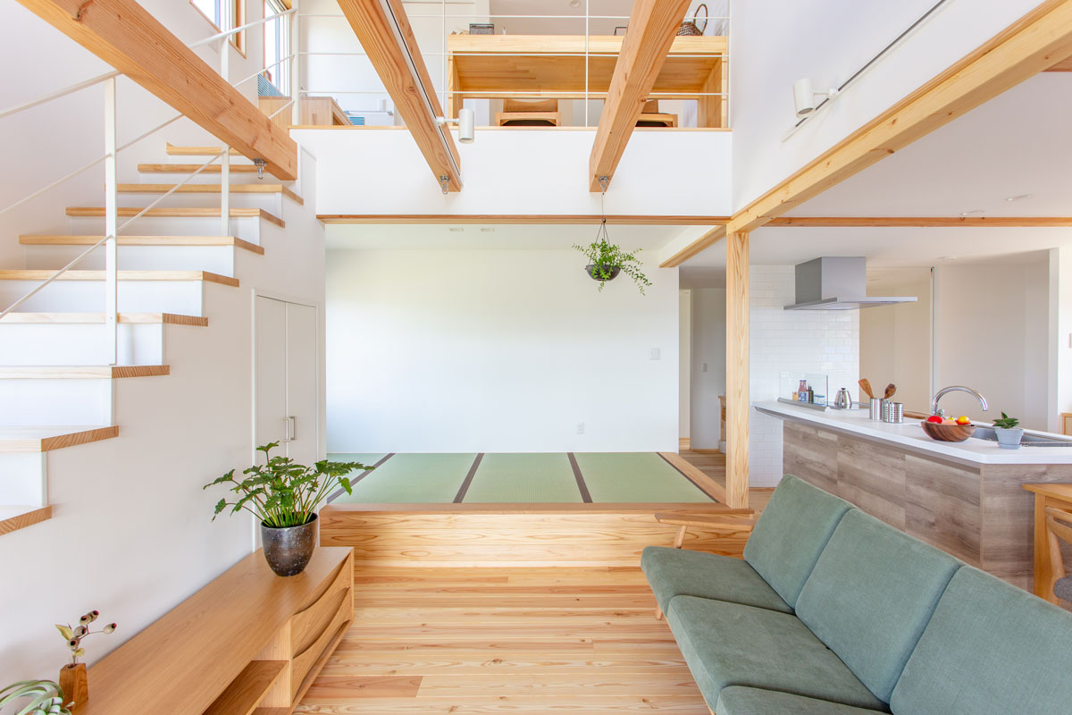 心地よい畳の小上がりスペース
