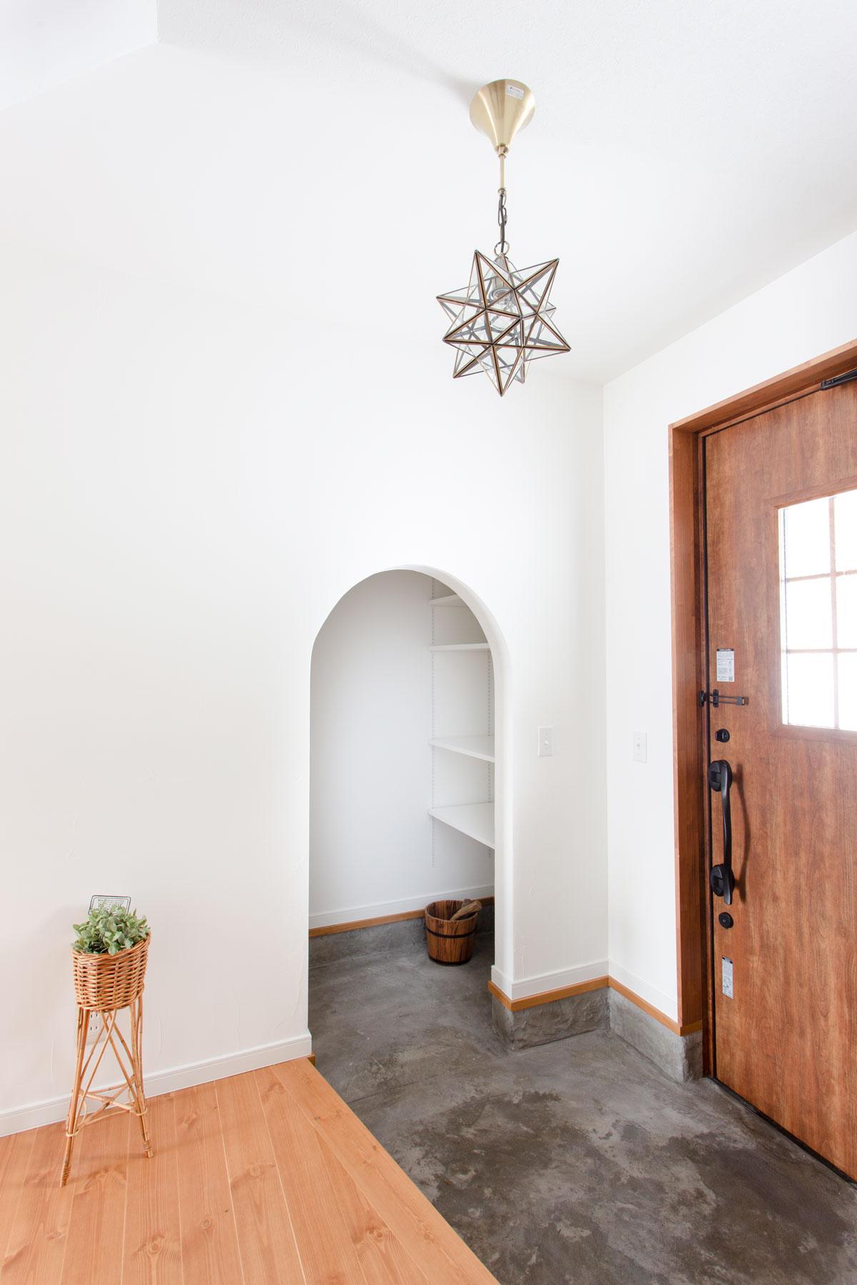 便利な玄関土間収納
